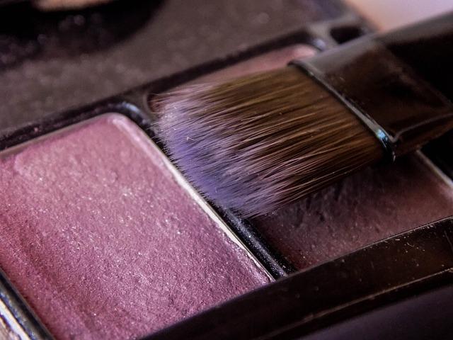 brush-2401370_640