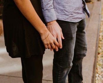 couple-2592023_640