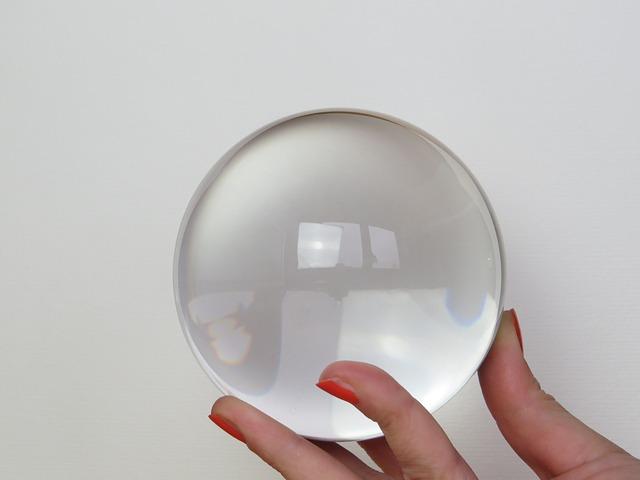 glass-ball-684902_640