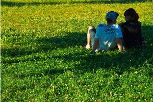 隣の芝生は青く見える、仮面夫婦