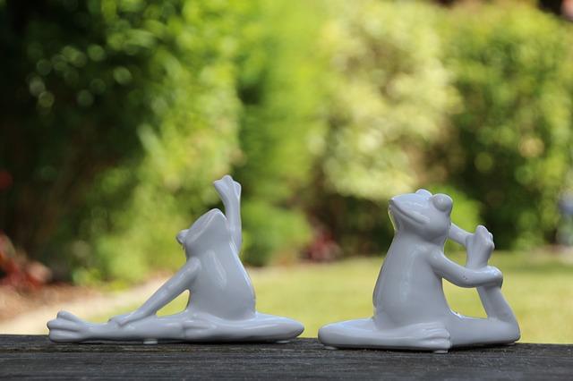 yoga-2392635_640